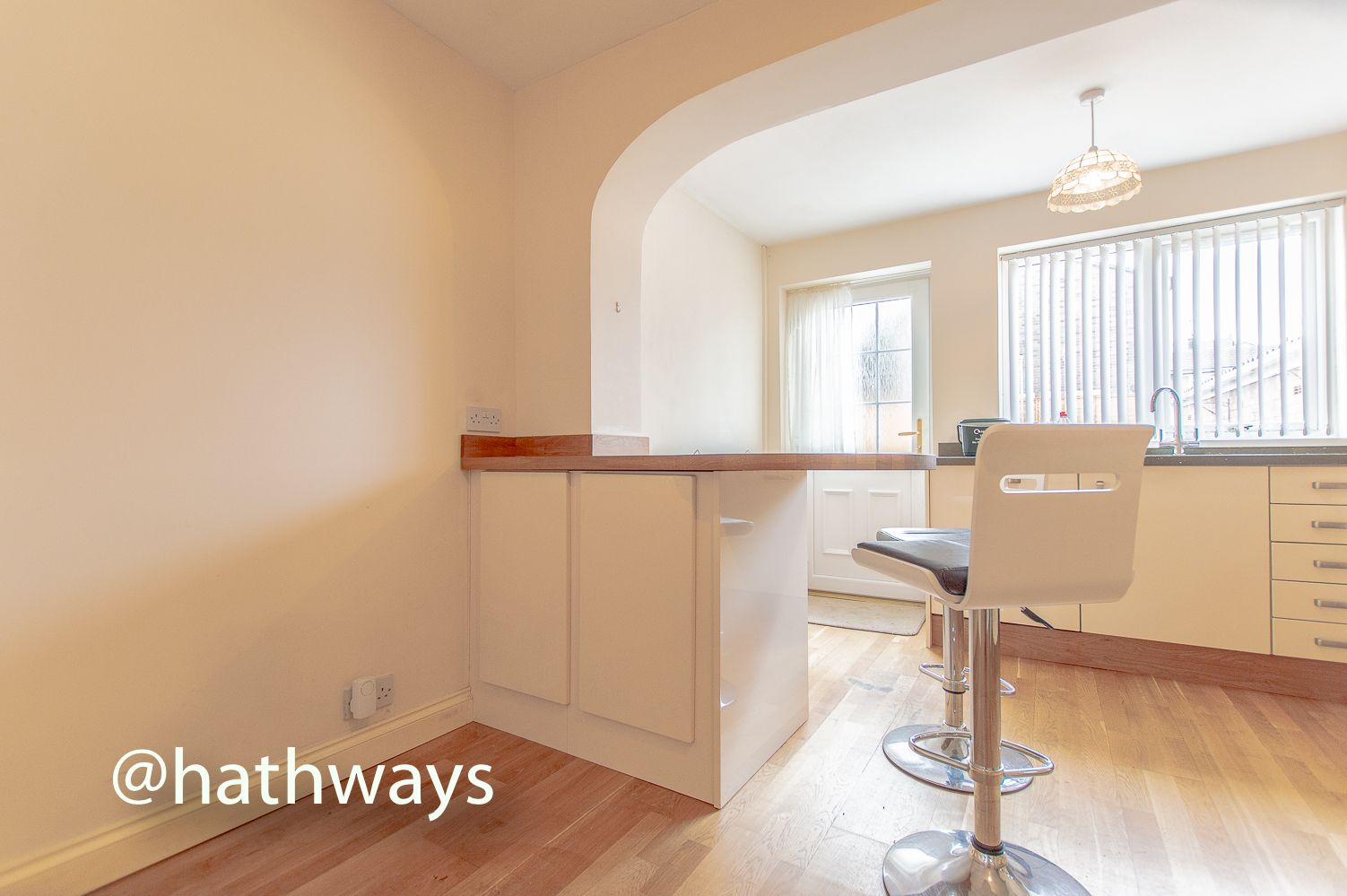 3 bed house to rent in Llewellyn Road  - Property Image 16
