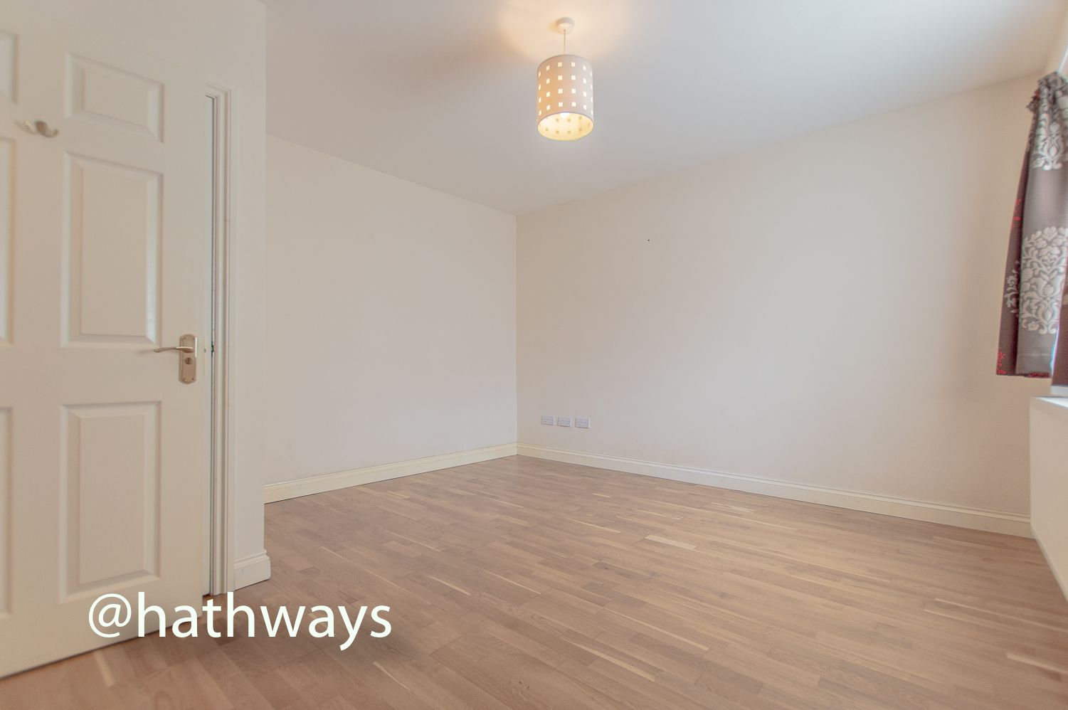3 bed house to rent in Llewellyn Road  - Property Image 17