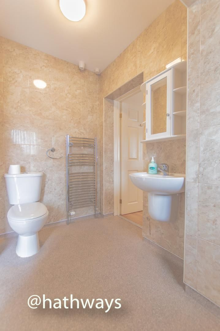 3 bed house to rent in Llewellyn Road  - Property Image 21