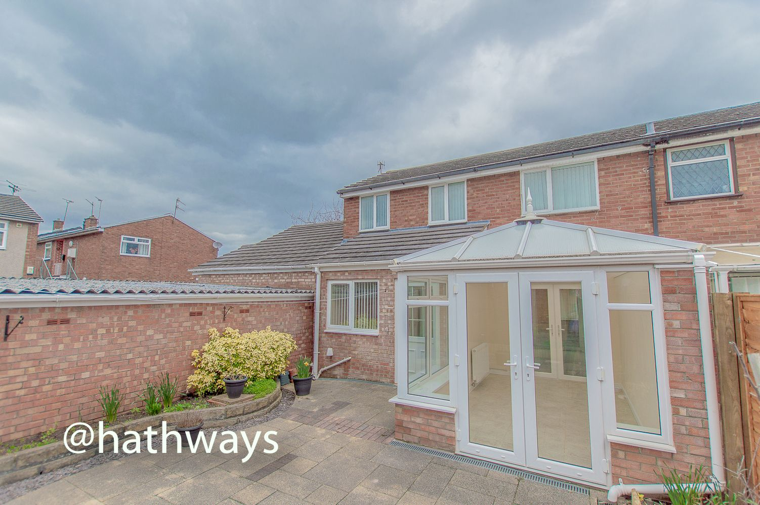 3 bed house to rent in Llewellyn Road  - Property Image 29