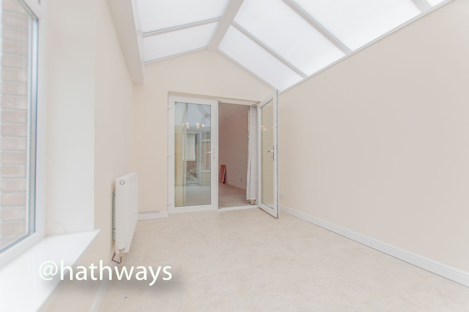 3 bed house to rent in Llewellyn Road  - Property Image 4