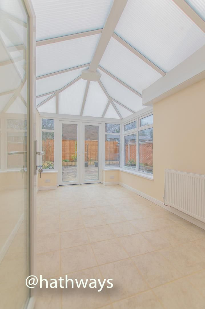 3 bed house to rent in Llewellyn Road  - Property Image 5