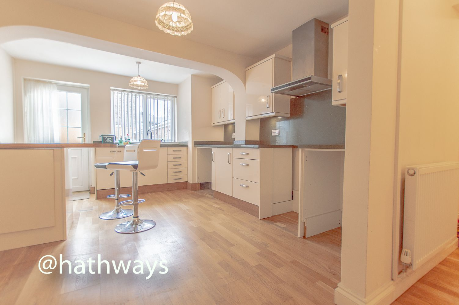 3 bed house to rent in Llewellyn Road 10