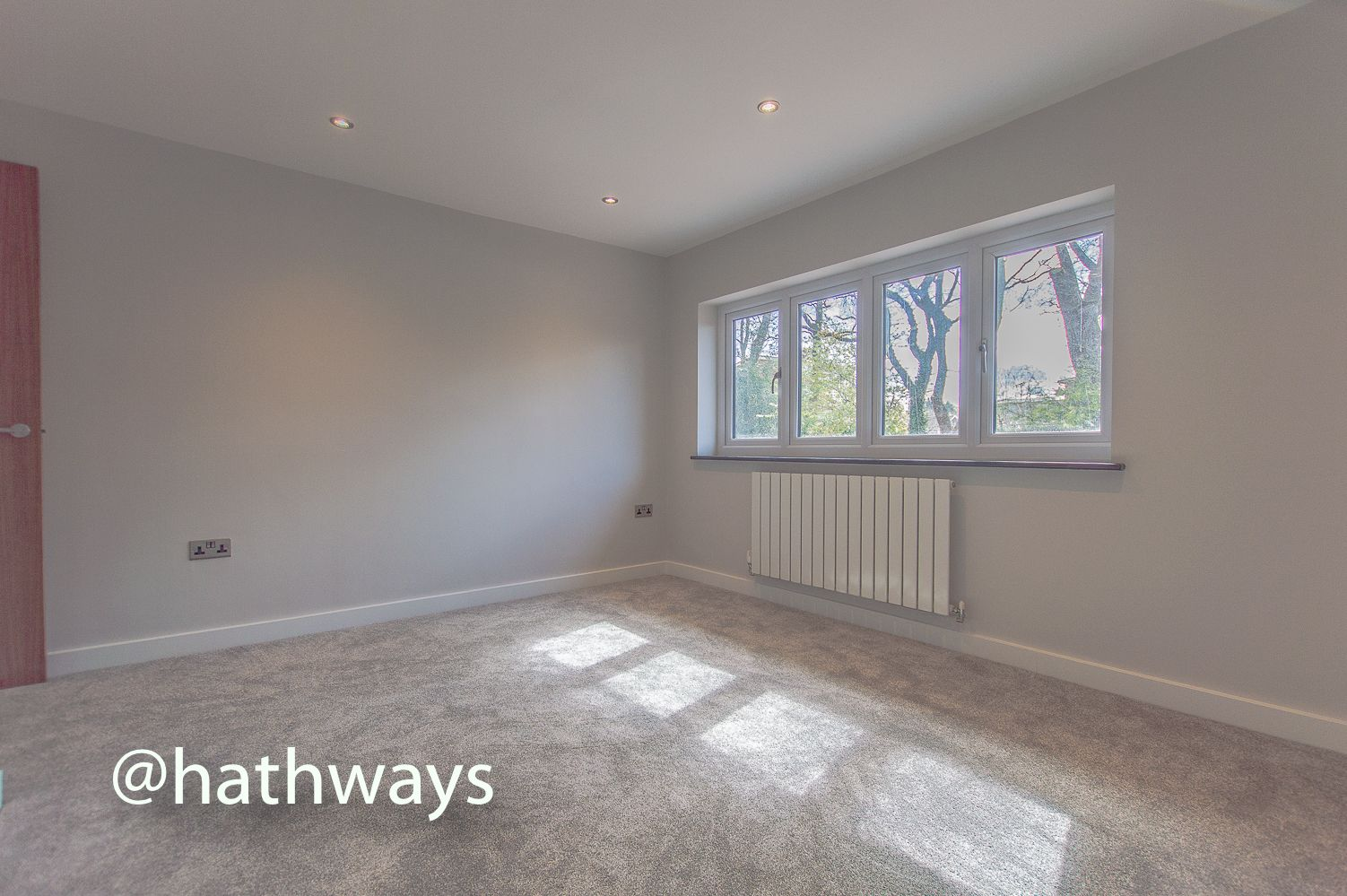 3 bed house for sale in Garw Wood Drive 41