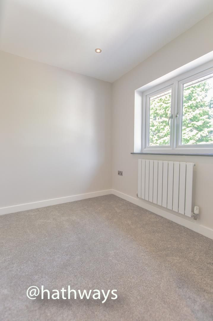 3 bed house for sale in Garw Wood Drive 46