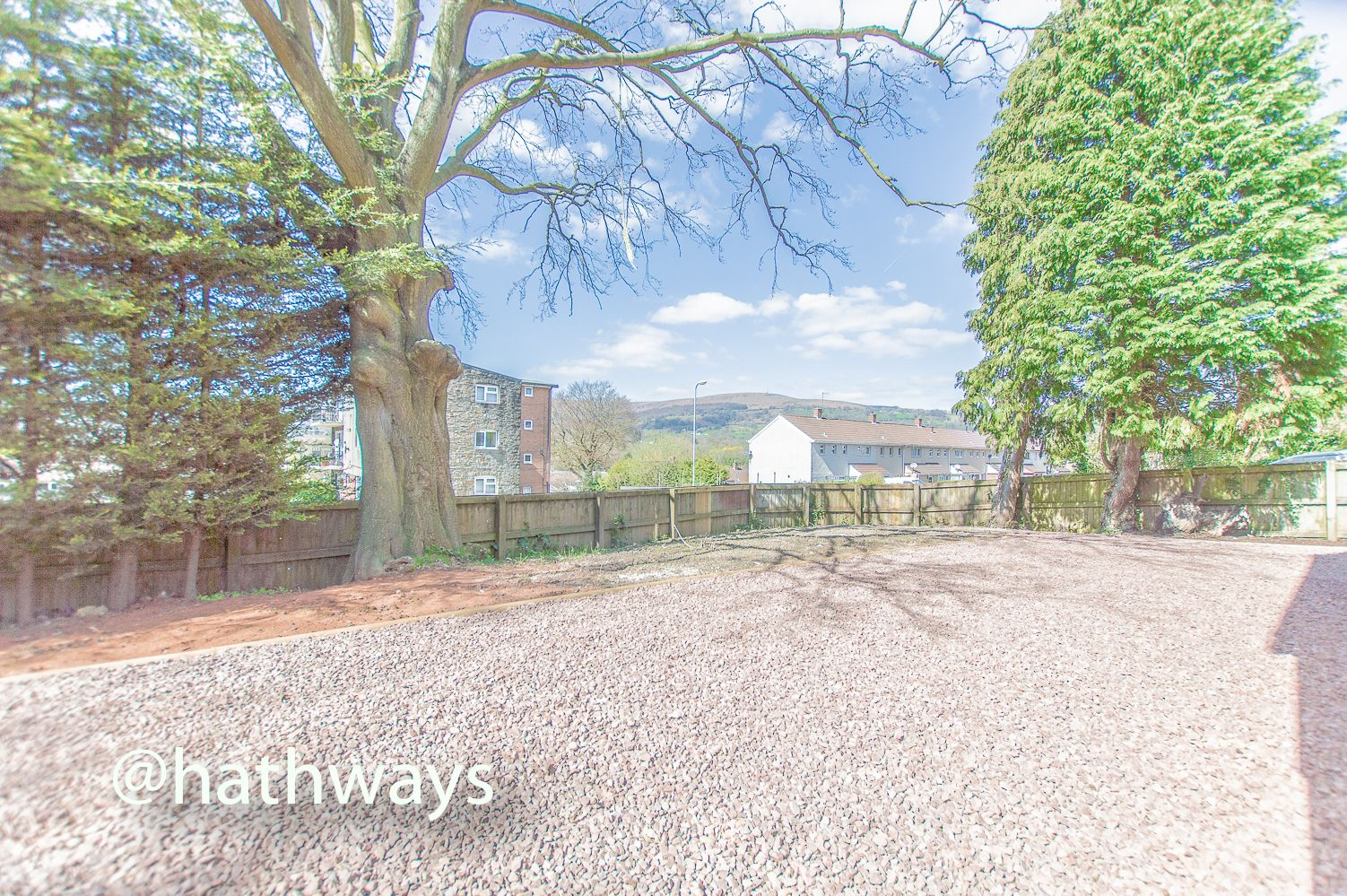 3 bed house for sale in Garw Wood Drive 58