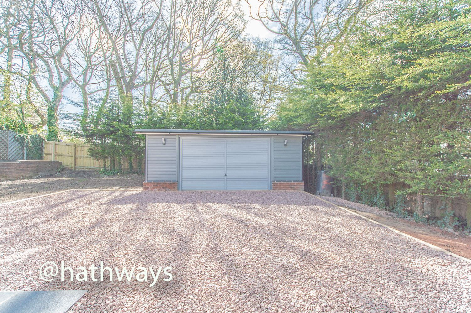 3 bed house for sale in Garw Wood Drive 60