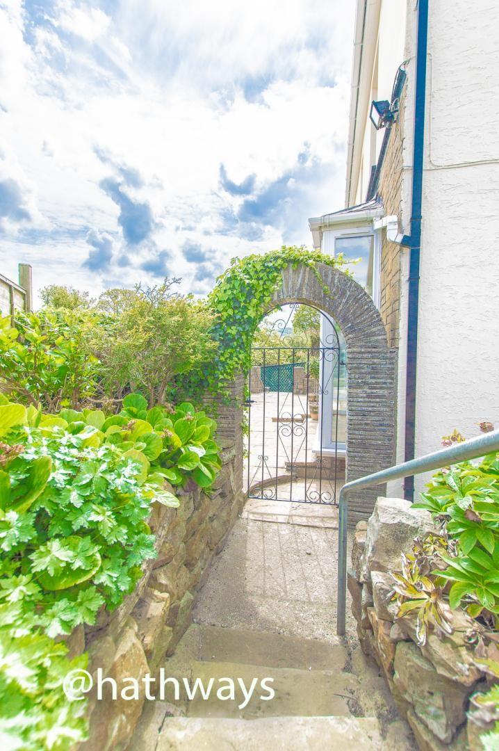 4 bed house for sale in Lower Stoney Road 60