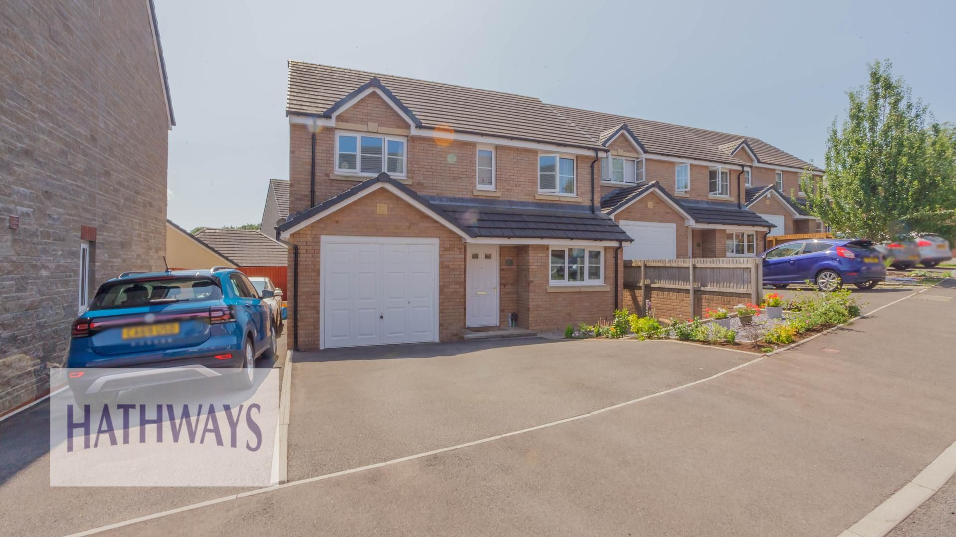 4 bed house for sale in Heol Y Groes, NP44