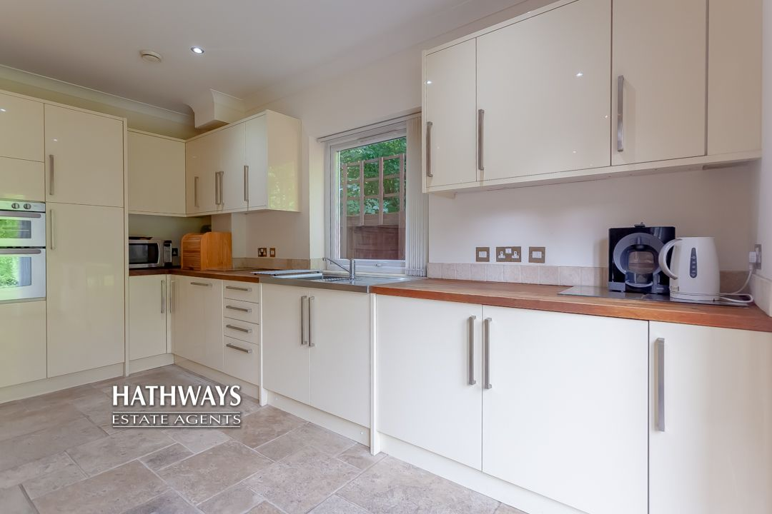 4 bed house for sale in 36 The Alders 13