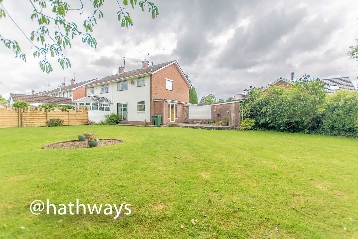 3 bed house for sale in Moyle Grove