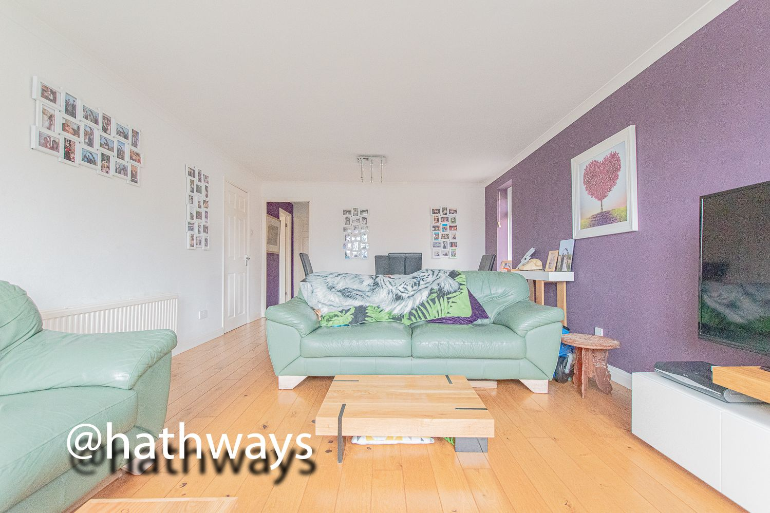 4 bed house for sale in Pant Yr Heol Close 21