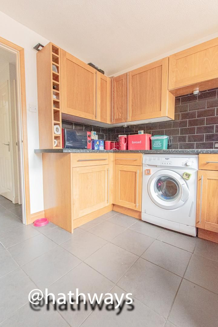 4 bed house for sale in Pant Yr Heol Close 23