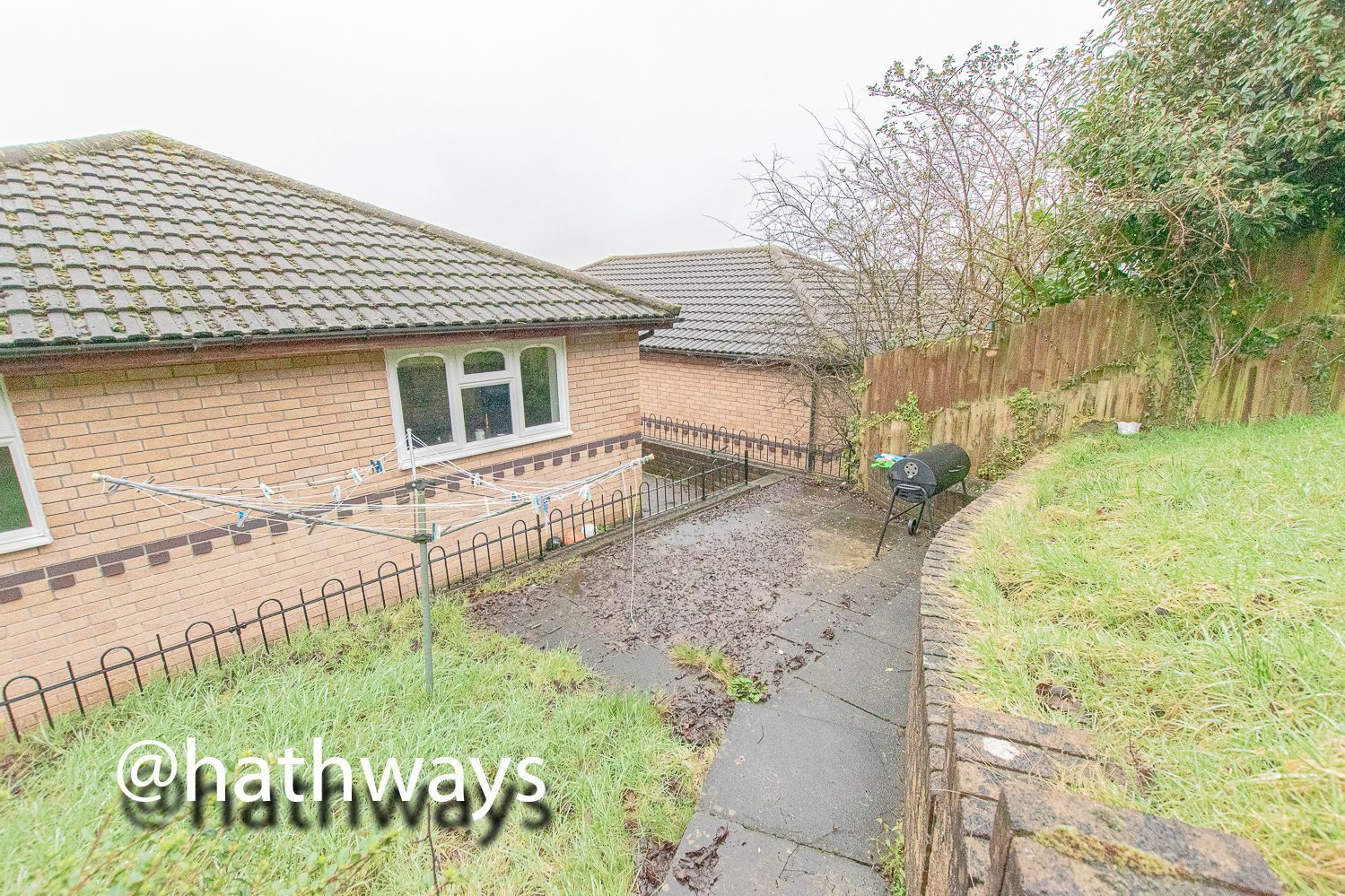 4 bed house for sale in Pant Yr Heol Close 36