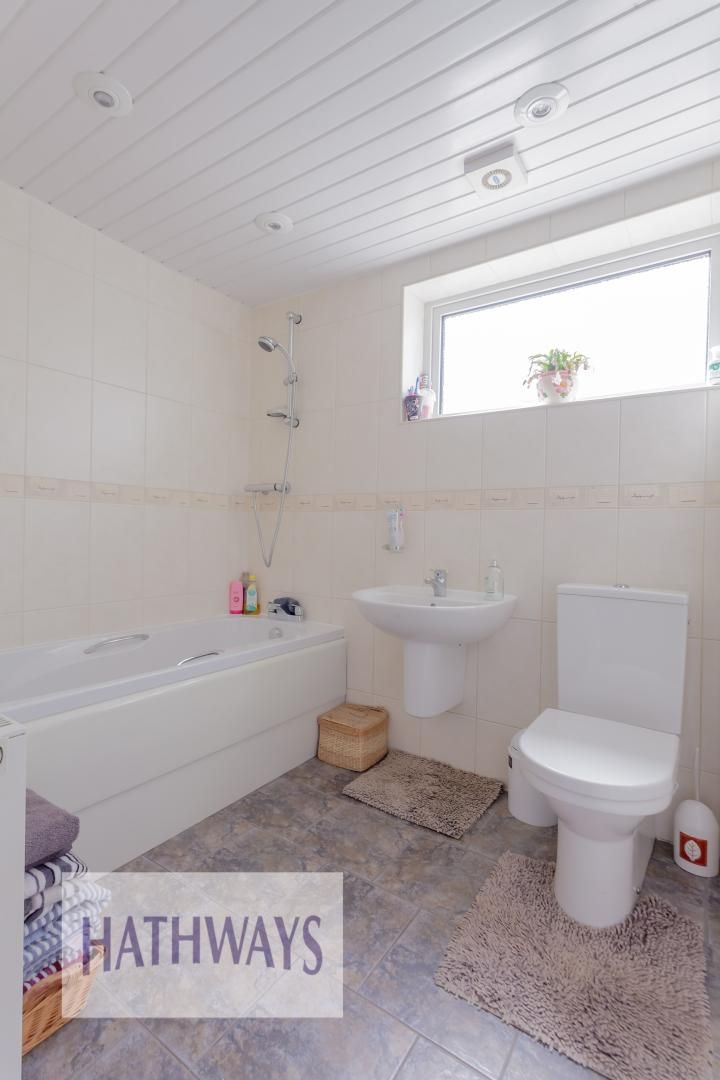 4 bed house for sale in Greenfield 14
