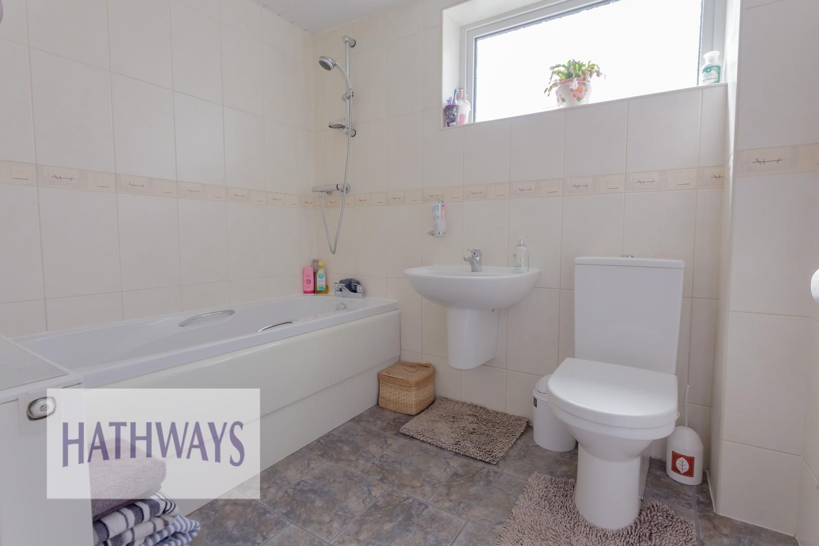 4 bed house for sale in Greenfield 15