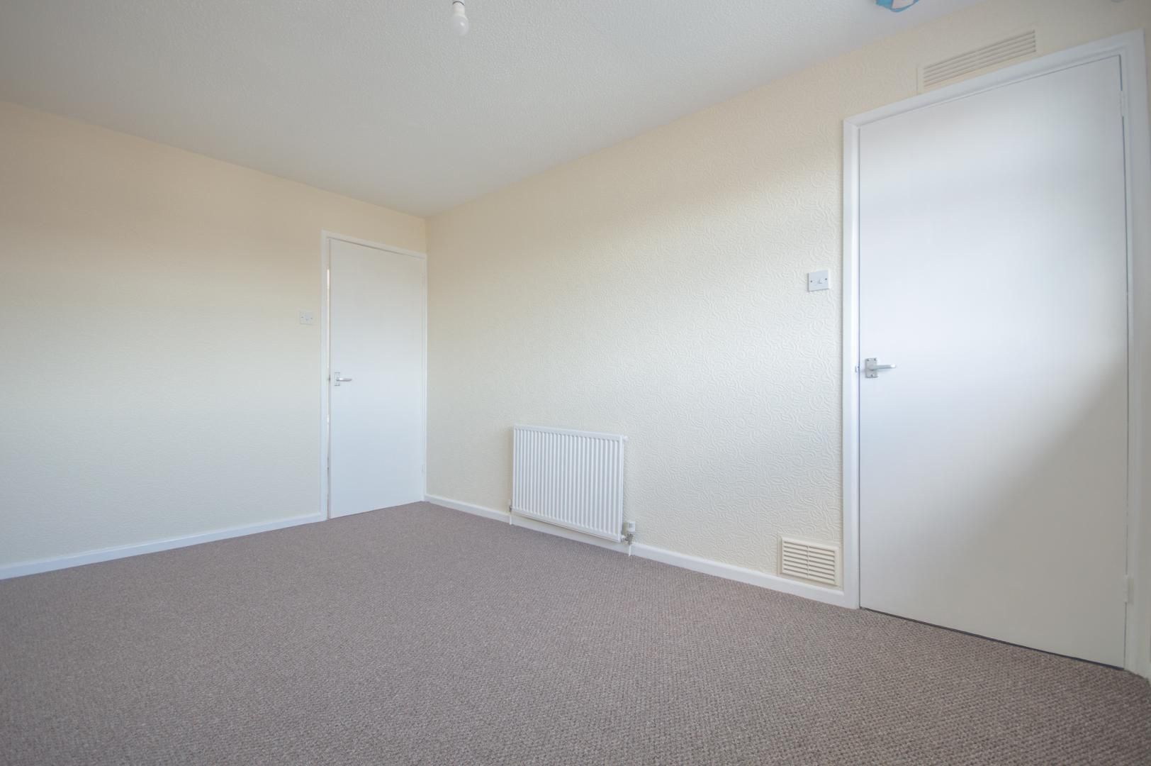 2 bed house to rent in Buxton Close 13