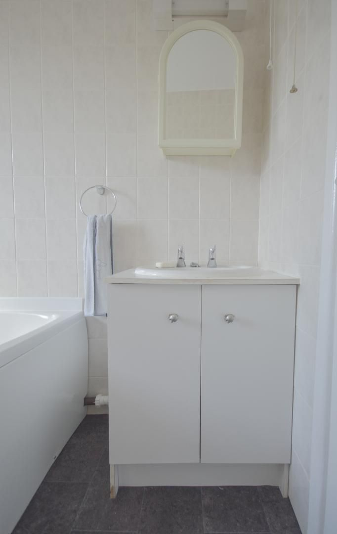 2 bed house to rent in Buxton Close 19