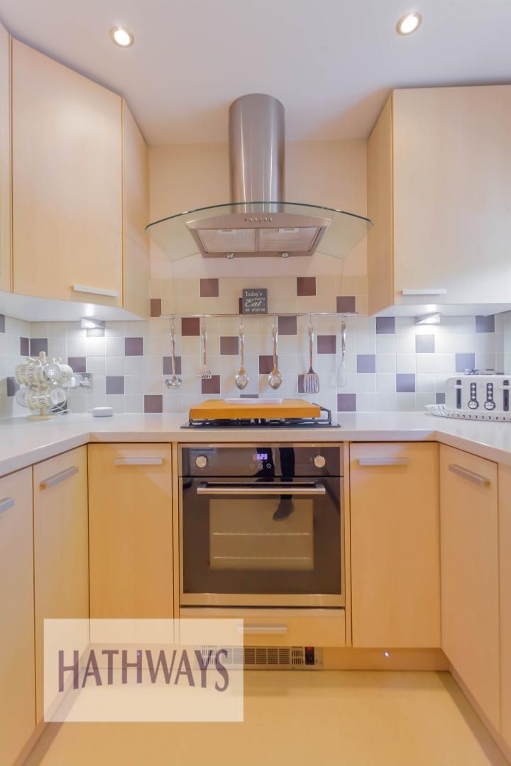 2 bed house for sale in Llanyravon Square 11