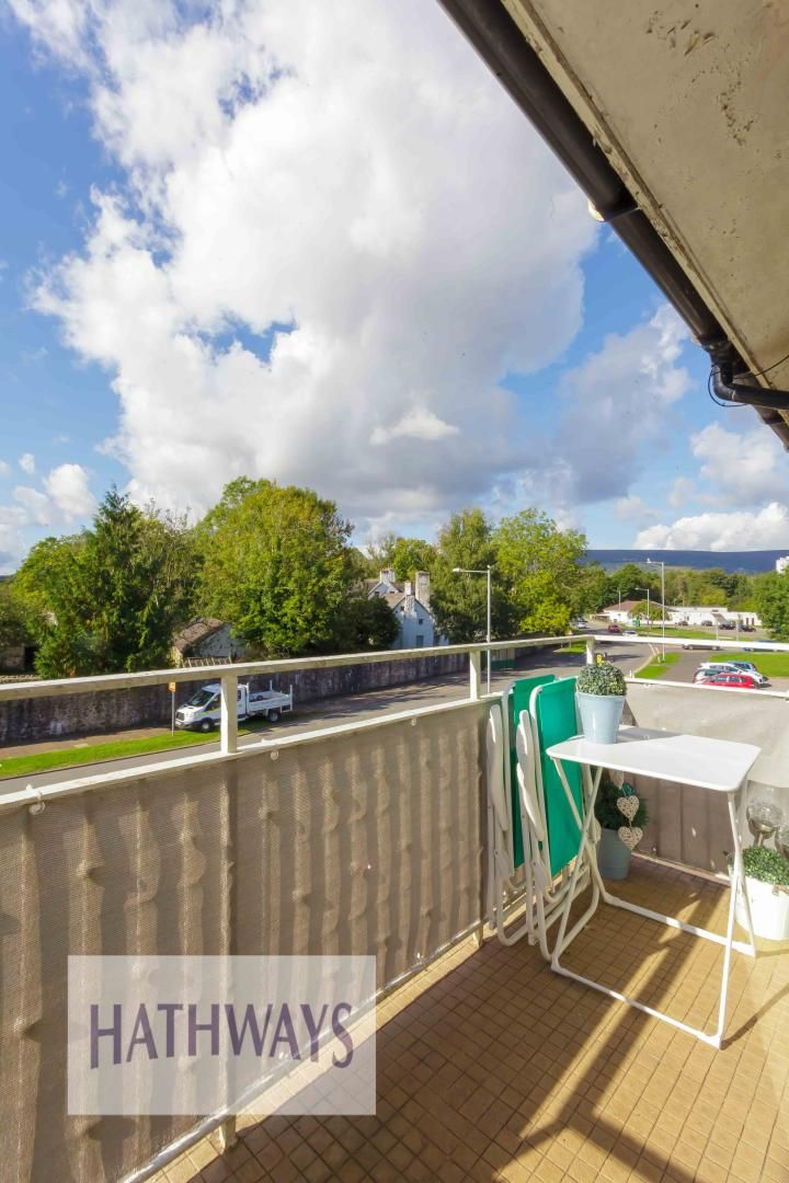 2 bed house for sale in Llanyravon Square 28