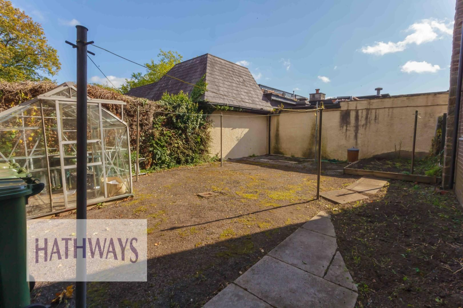 2 bed house for sale in Llanyravon Square 31