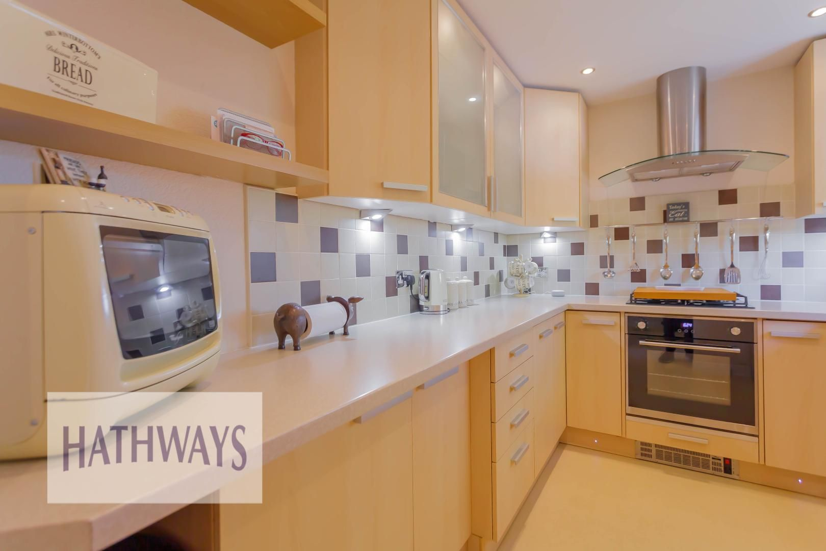 2 bed house for sale in Llanyravon Square 9