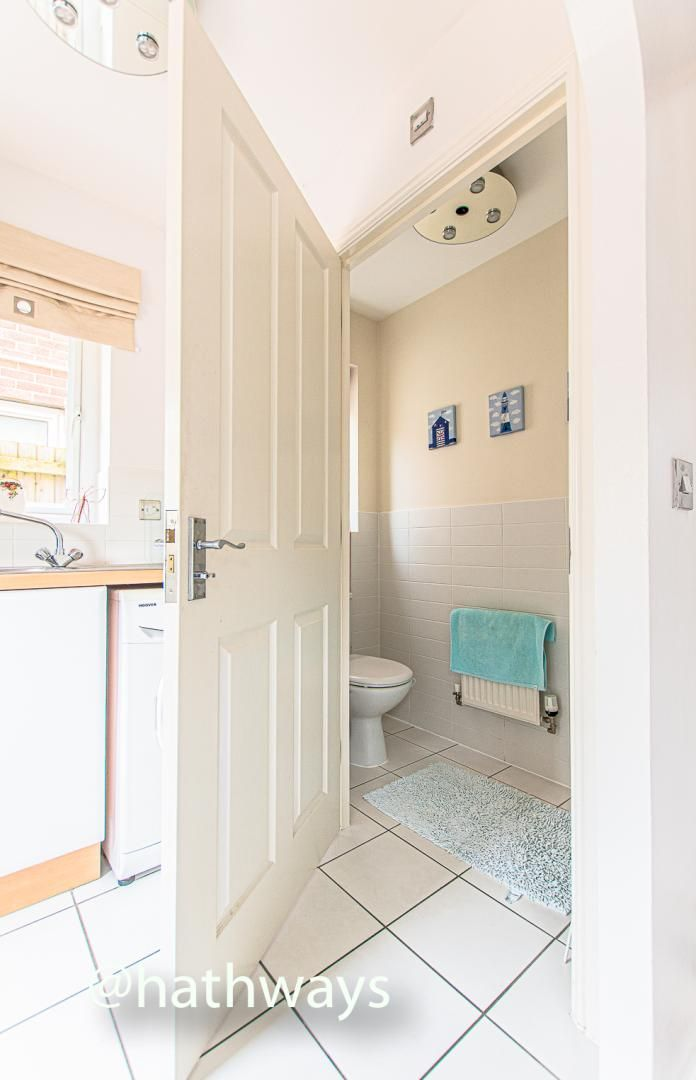 4 bed house for sale in Ladyhill Road  - Property Image 19