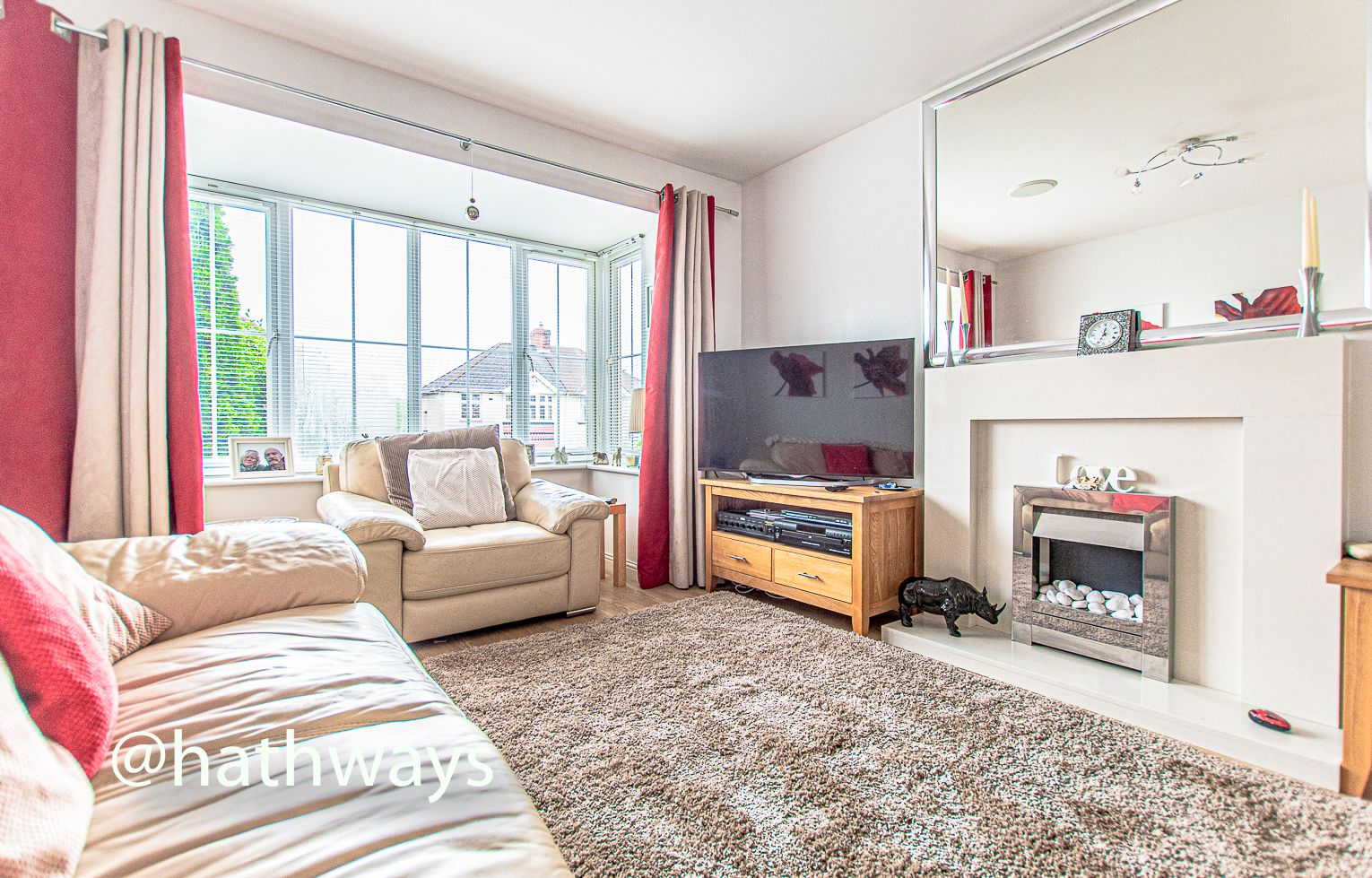 4 bed house for sale in Ladyhill Road 4