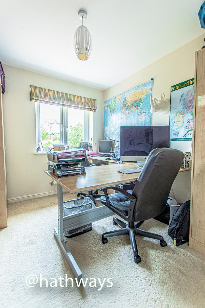 4 bed house for sale in Ladyhill Road 35