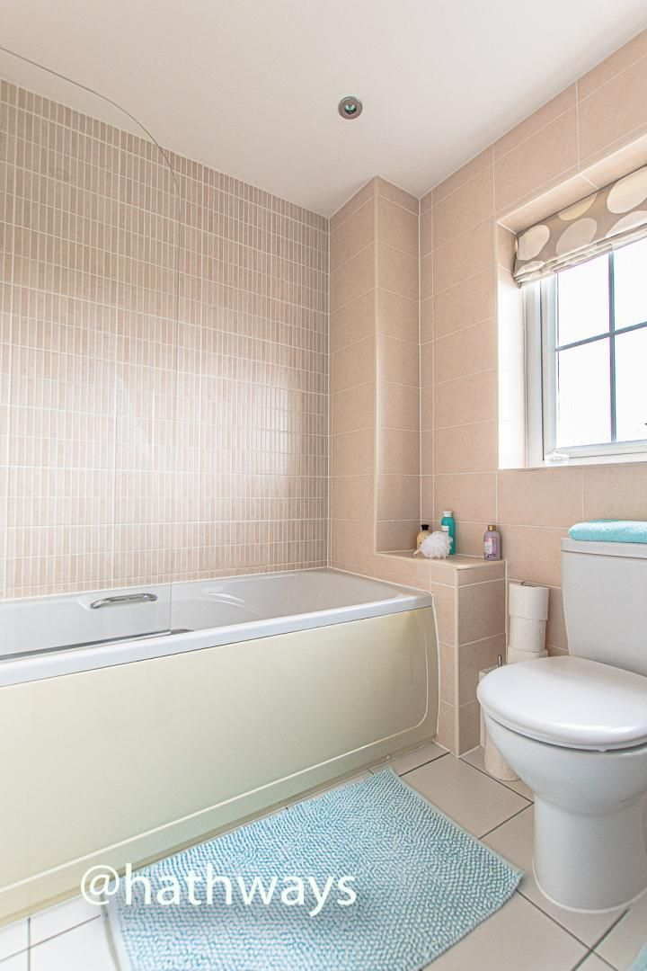 4 bed house for sale in Ladyhill Road  - Property Image 38