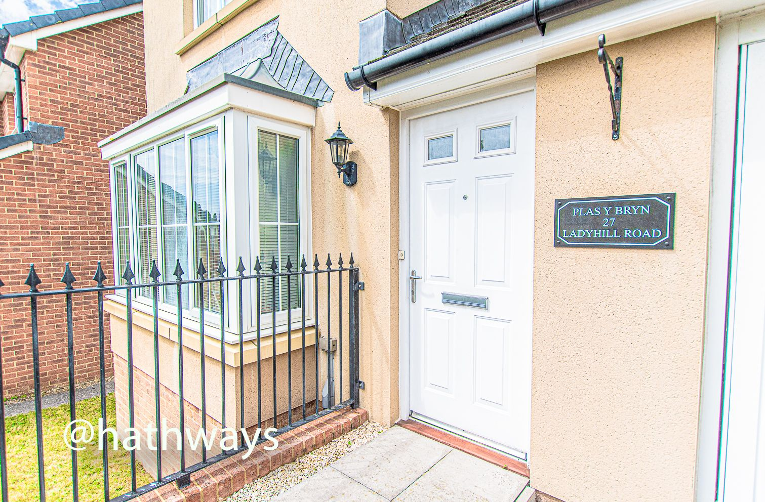 4 bed house for sale in Ladyhill Road 46