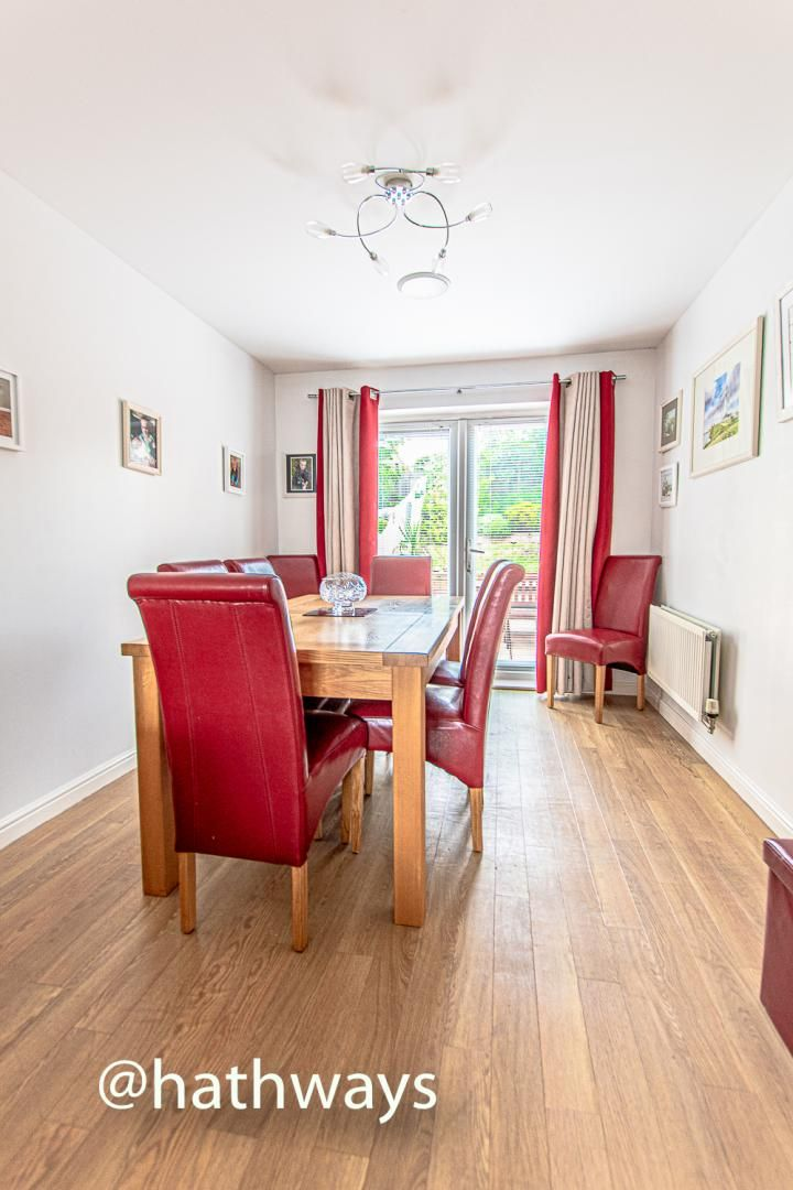4 bed house for sale in Ladyhill Road 8