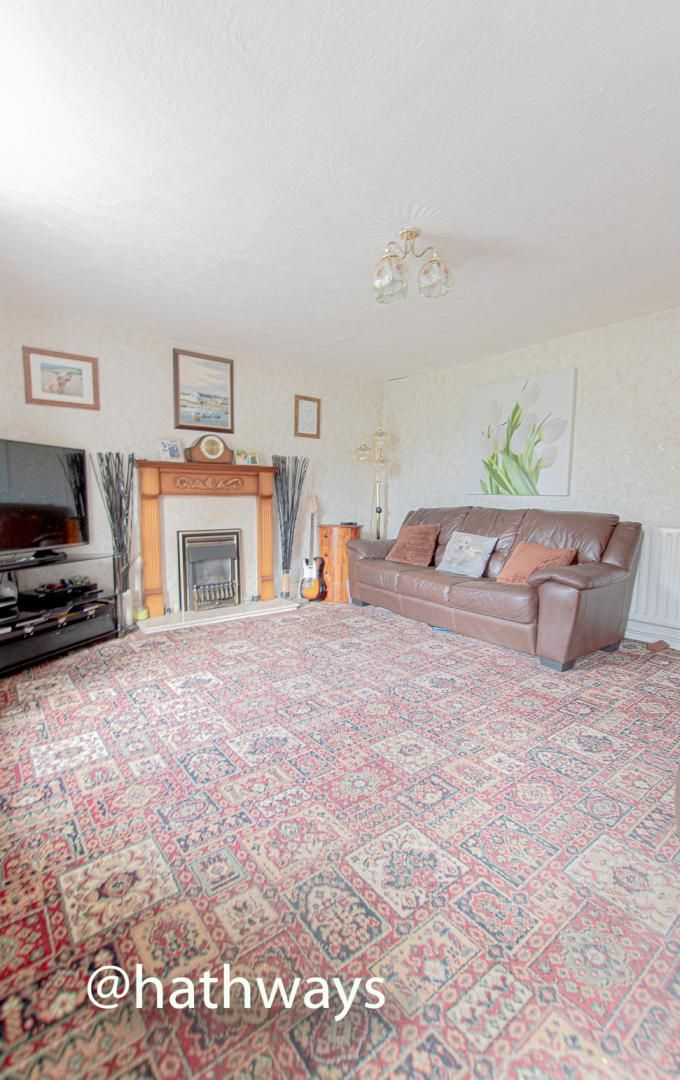 4 bed house for sale in Richmond Place  - Property Image 5