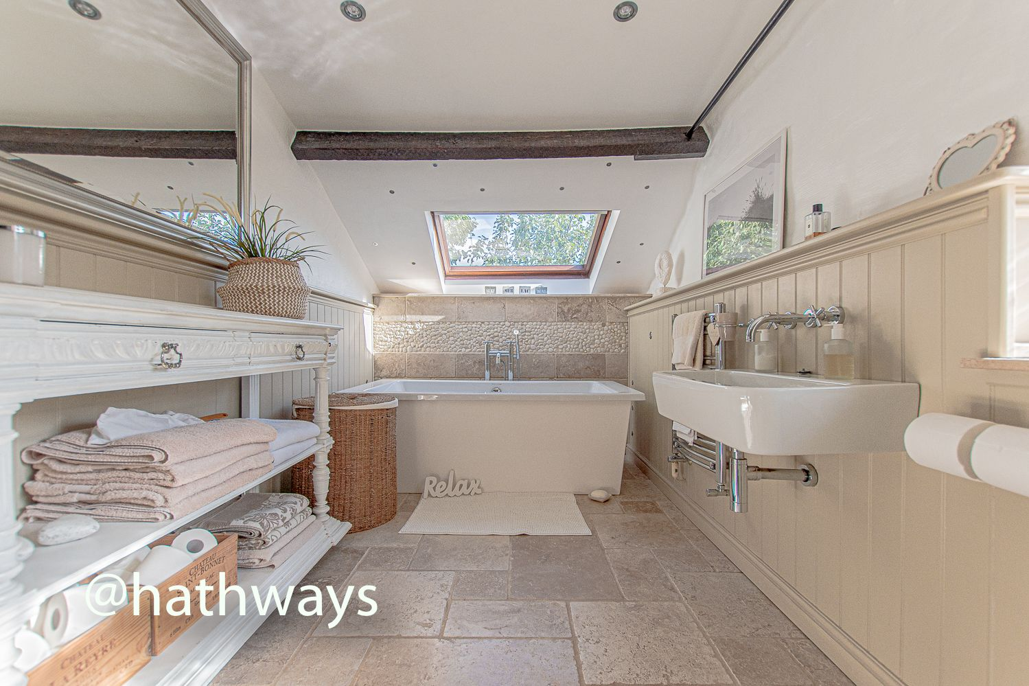 4 bed house for sale in Station Road  - Property Image 41