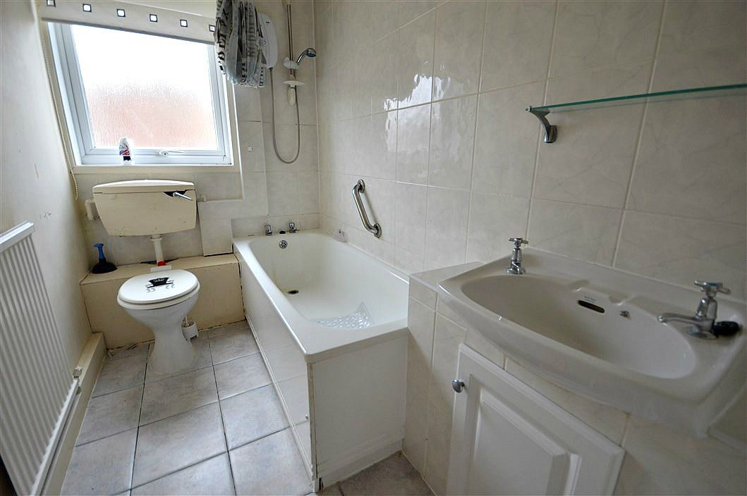 1 bed flat to rent in Bagley Court 6