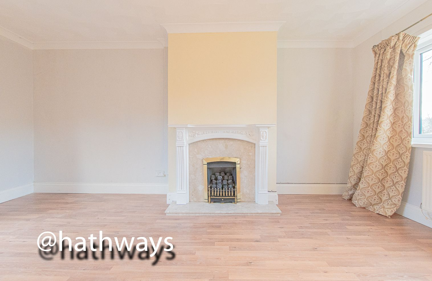 3 bed house for sale in Manor Road 12