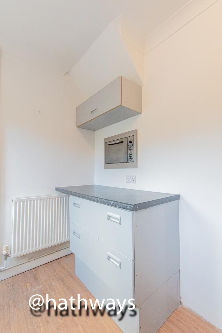3 bed house for sale in Manor Road  - Property Image 15