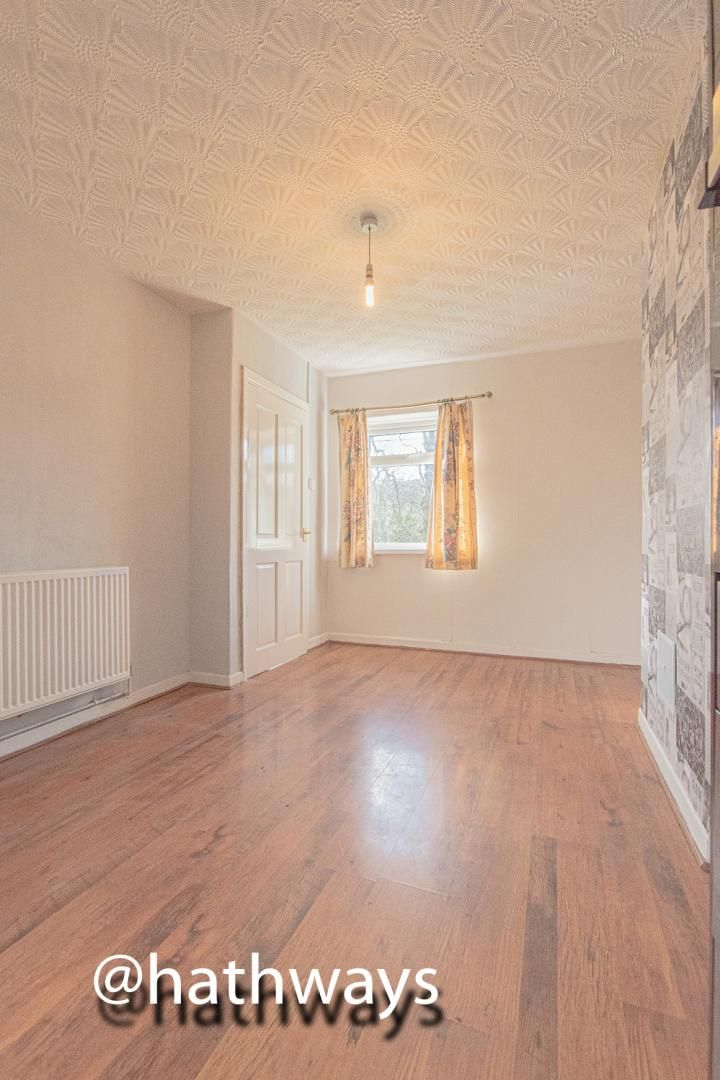 3 bed house for sale in Manor Road 26