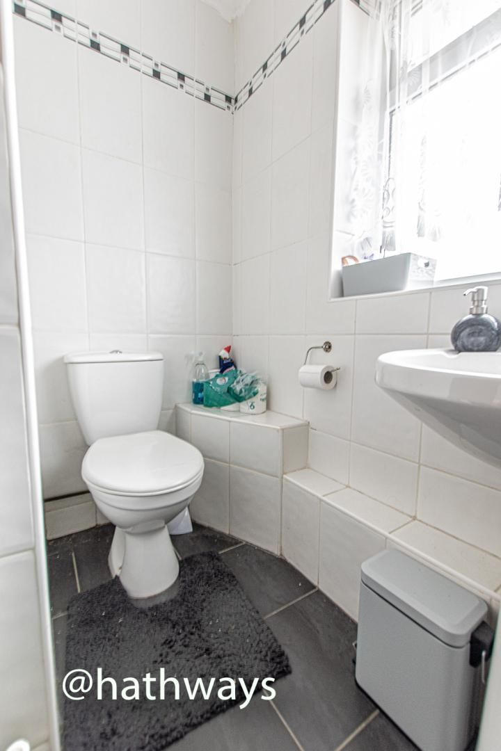 2 bed flat for sale in Cardigan Crescent  - Property Image 22