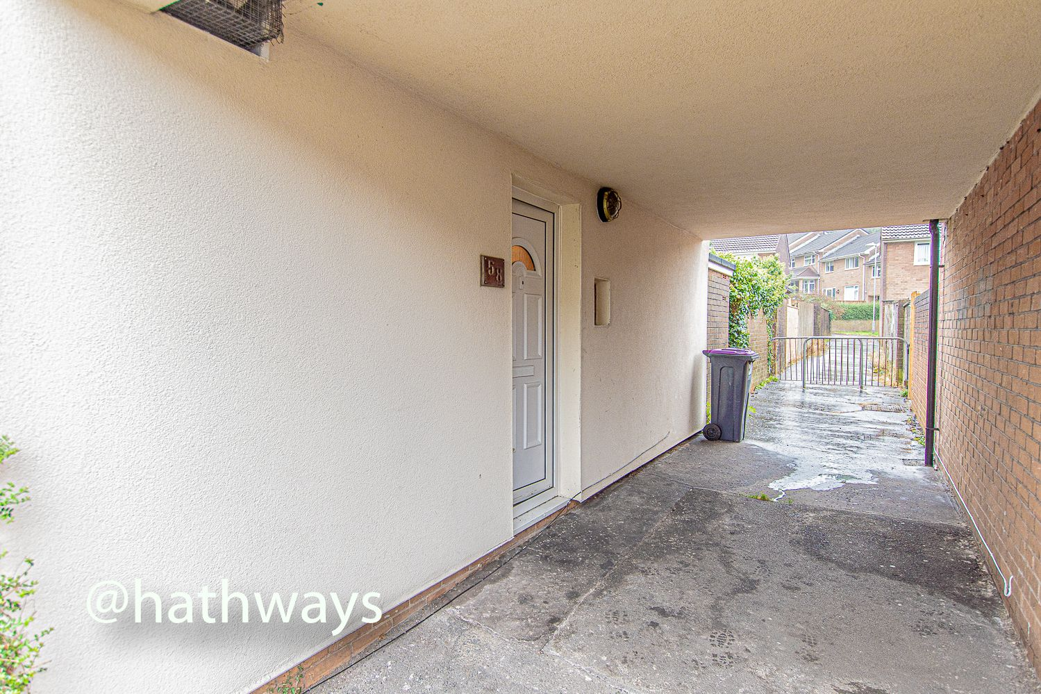 2 bed flat for sale in Cardigan Crescent  - Property Image 24