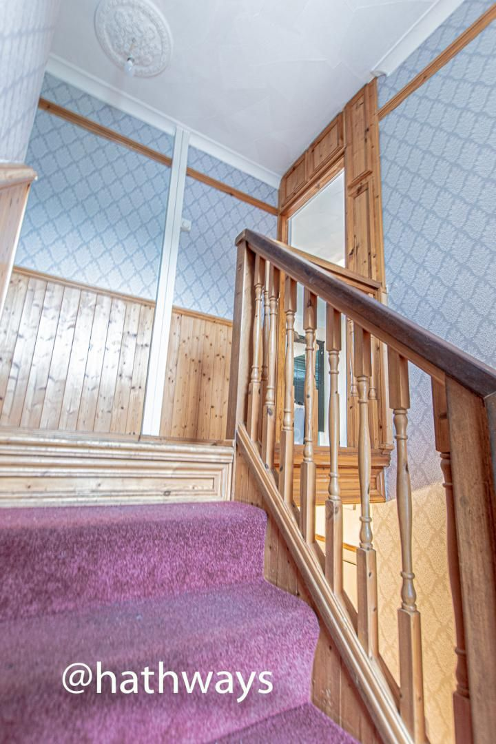 2 bed flat for sale in Cardigan Crescent  - Property Image 5