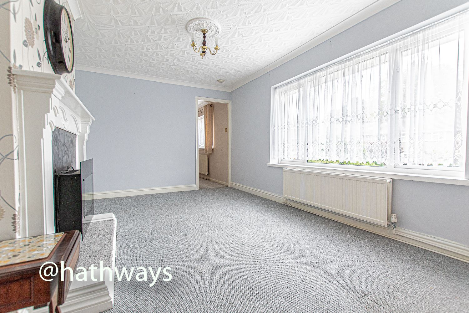 2 bed flat for sale in Cardigan Crescent  - Property Image 7