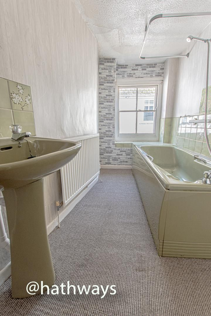 1 bed house for sale in Backhall Street 20