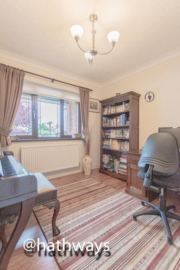 4 bed house for sale in Harpers Road  - Property Image 11