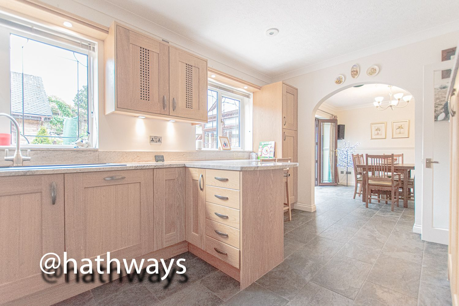4 bed house for sale in Harpers Road 14