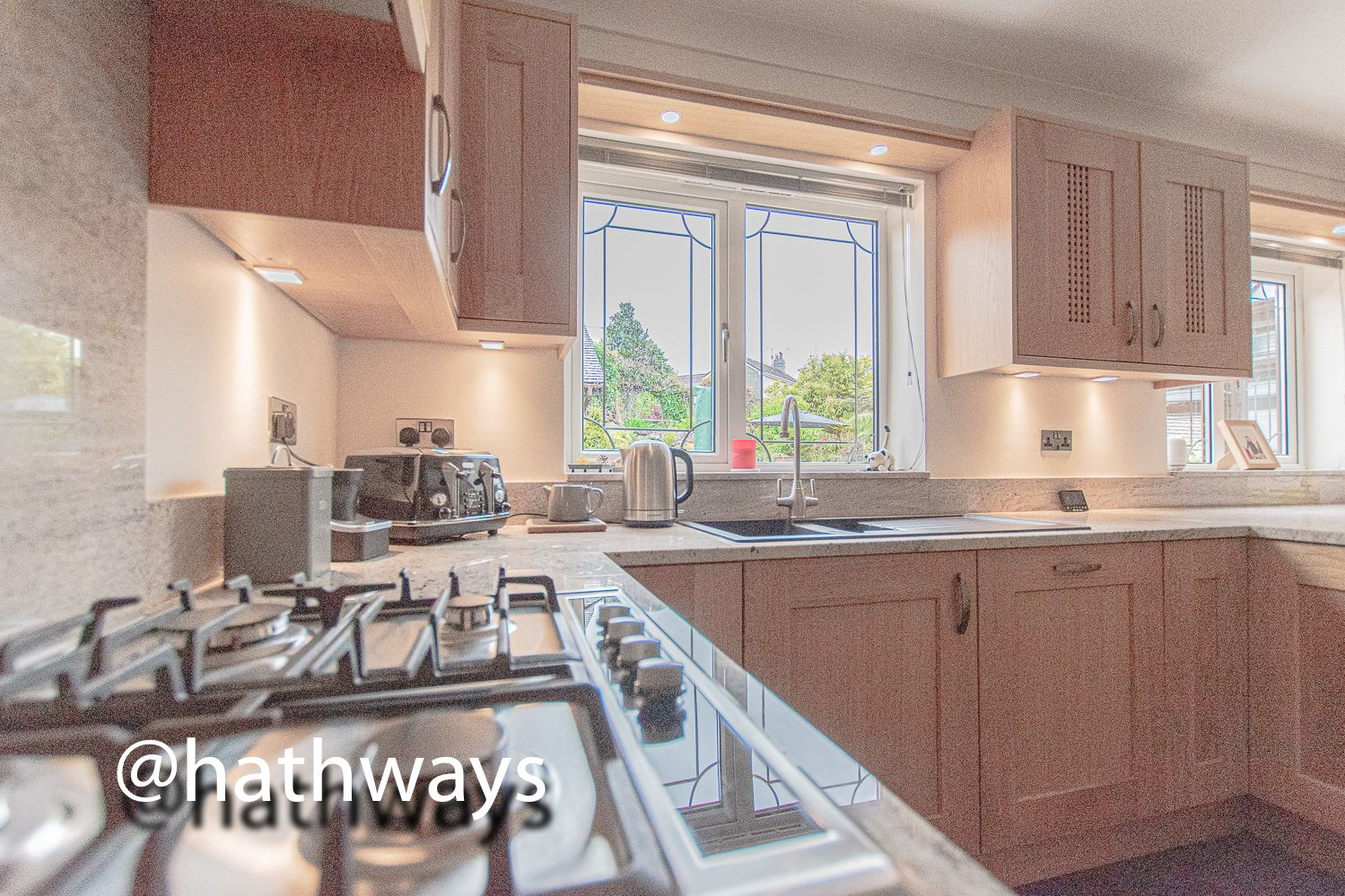 4 bed house for sale in Harpers Road 17