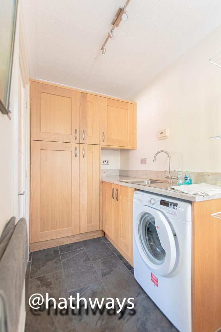 4 bed house for sale in Harpers Road 20