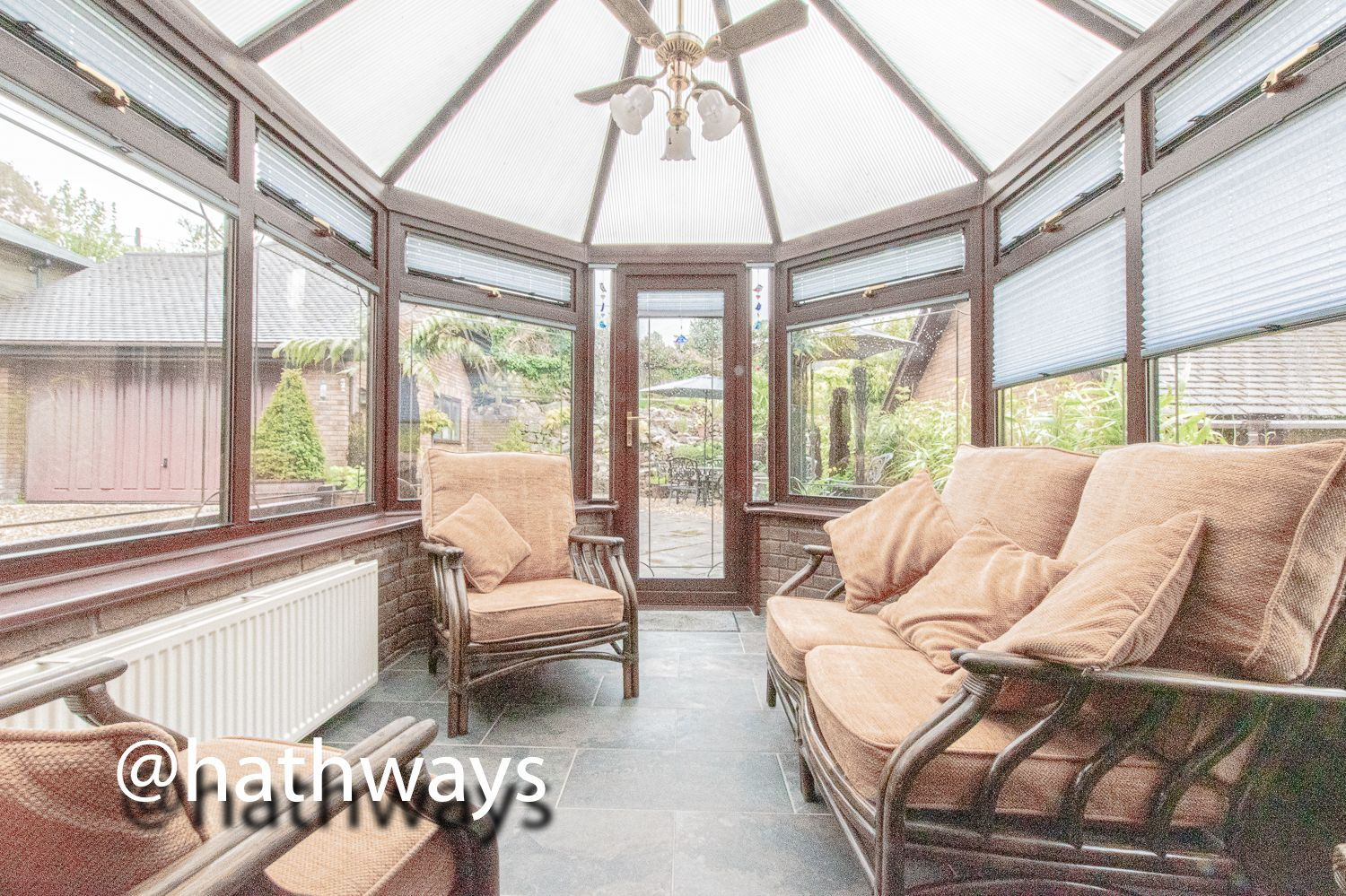 4 bed house for sale in Harpers Road 24