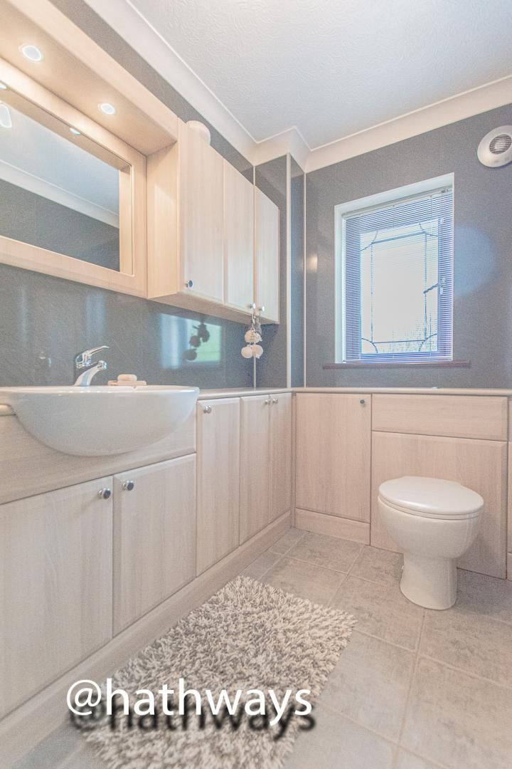 4 bed house for sale in Harpers Road  - Property Image 32