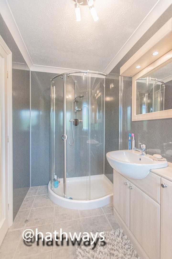 4 bed house for sale in Harpers Road  - Property Image 33